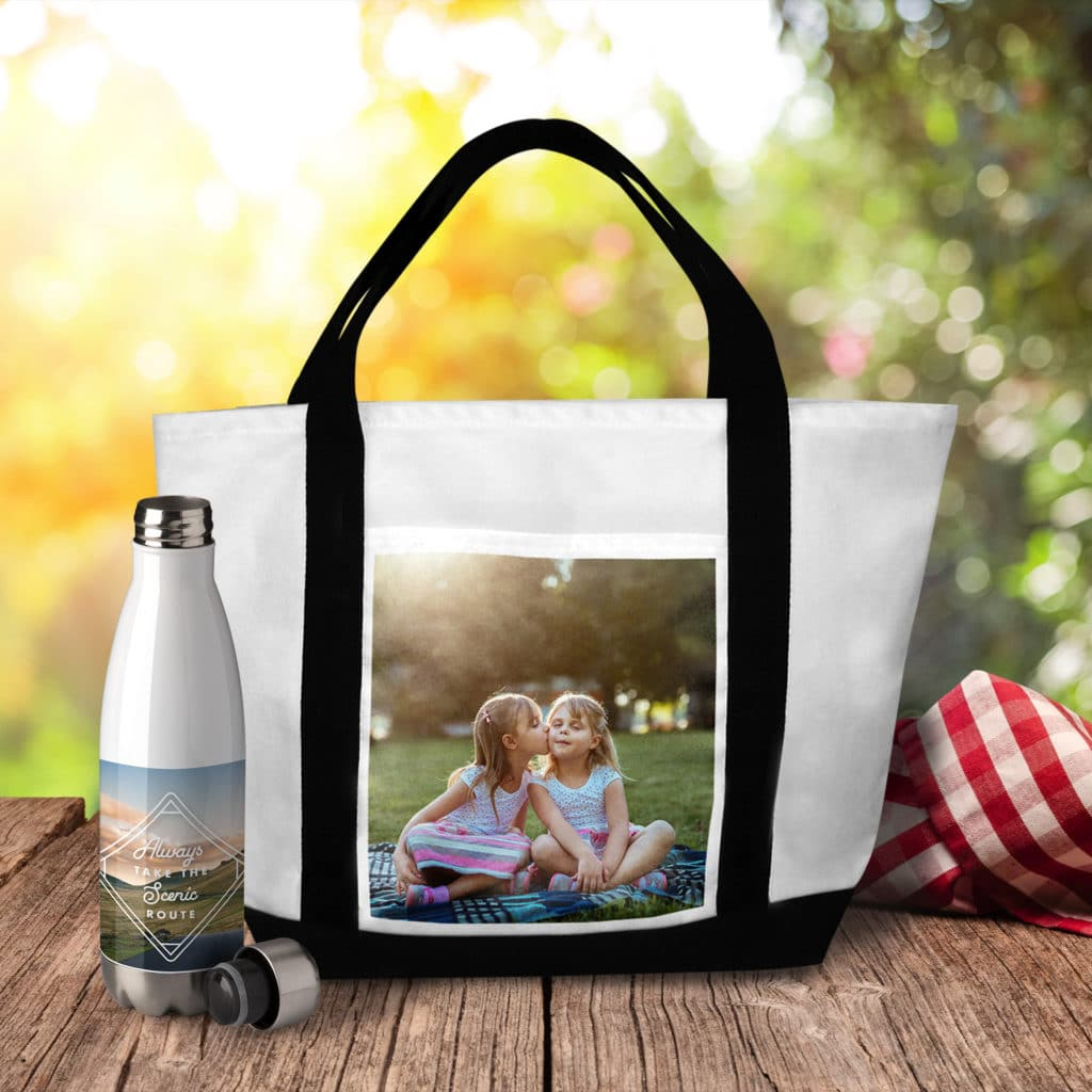 Print photos on re-usable tote bags for that custom look