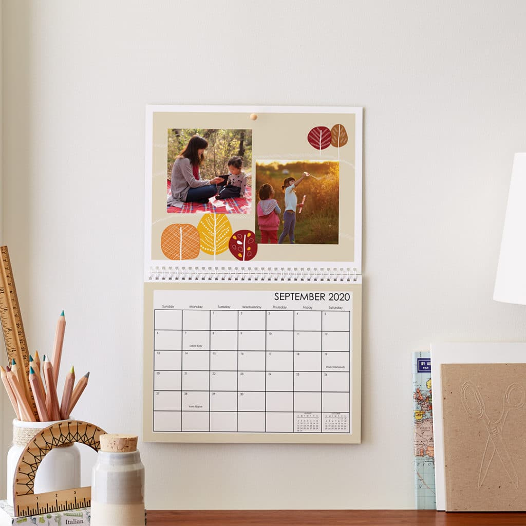 Create photo wall calendars as gifts for friends and family