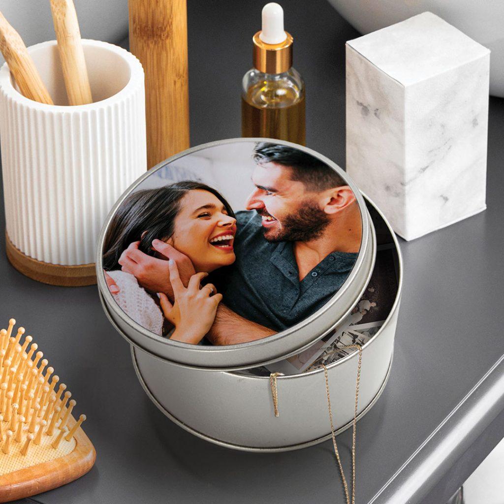 photo tin on dressing table