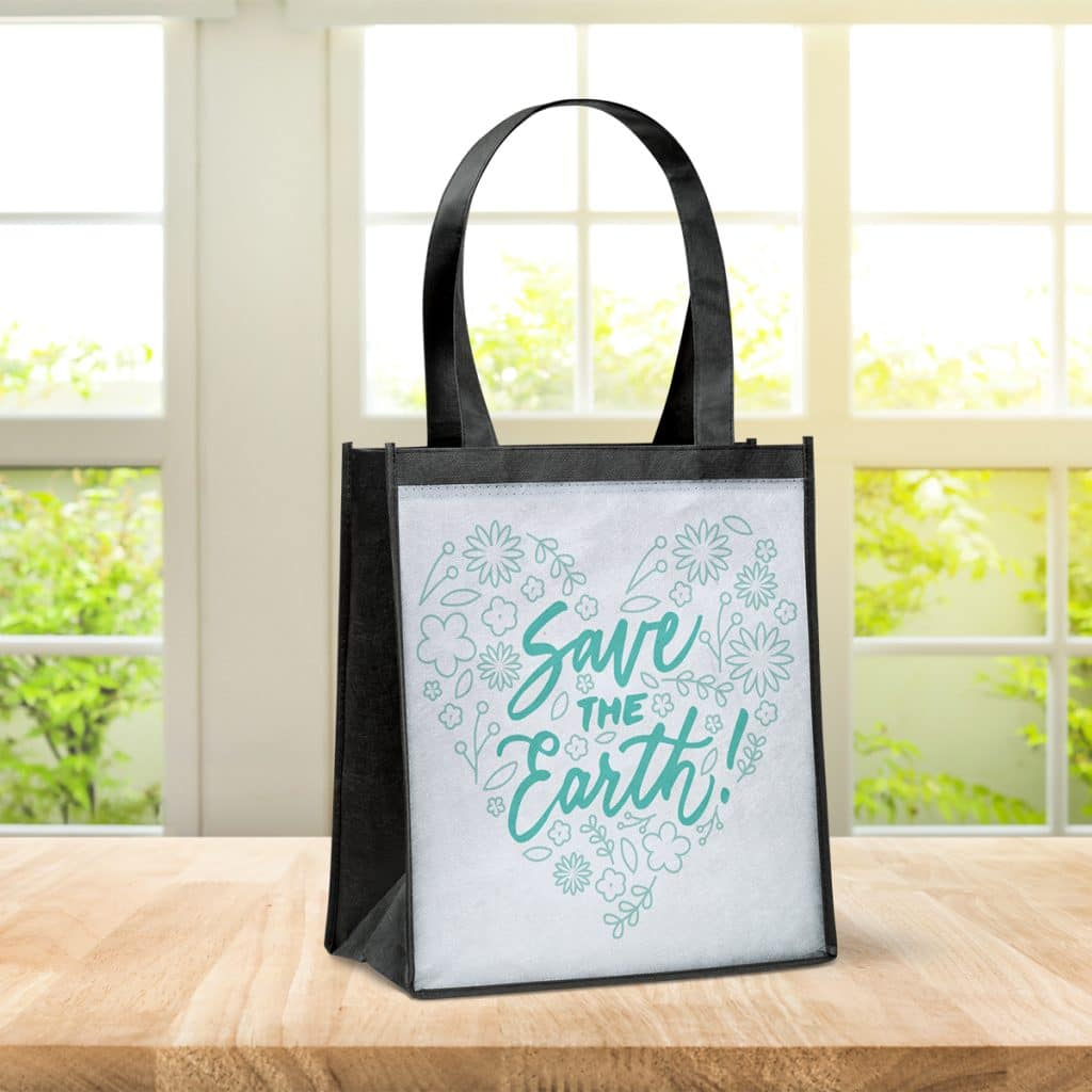"""Reusable grocery tote with a heart-shaped design reading """"Save the Earth!"""""""